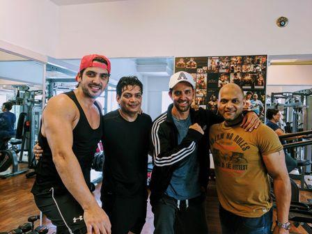 aamir_khan_hrithik_roshans_trainer_fitness_secrets.jpg