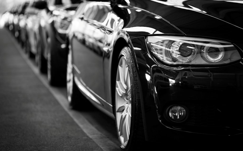 automobiles-automotives-black-and-white-70912.jpg