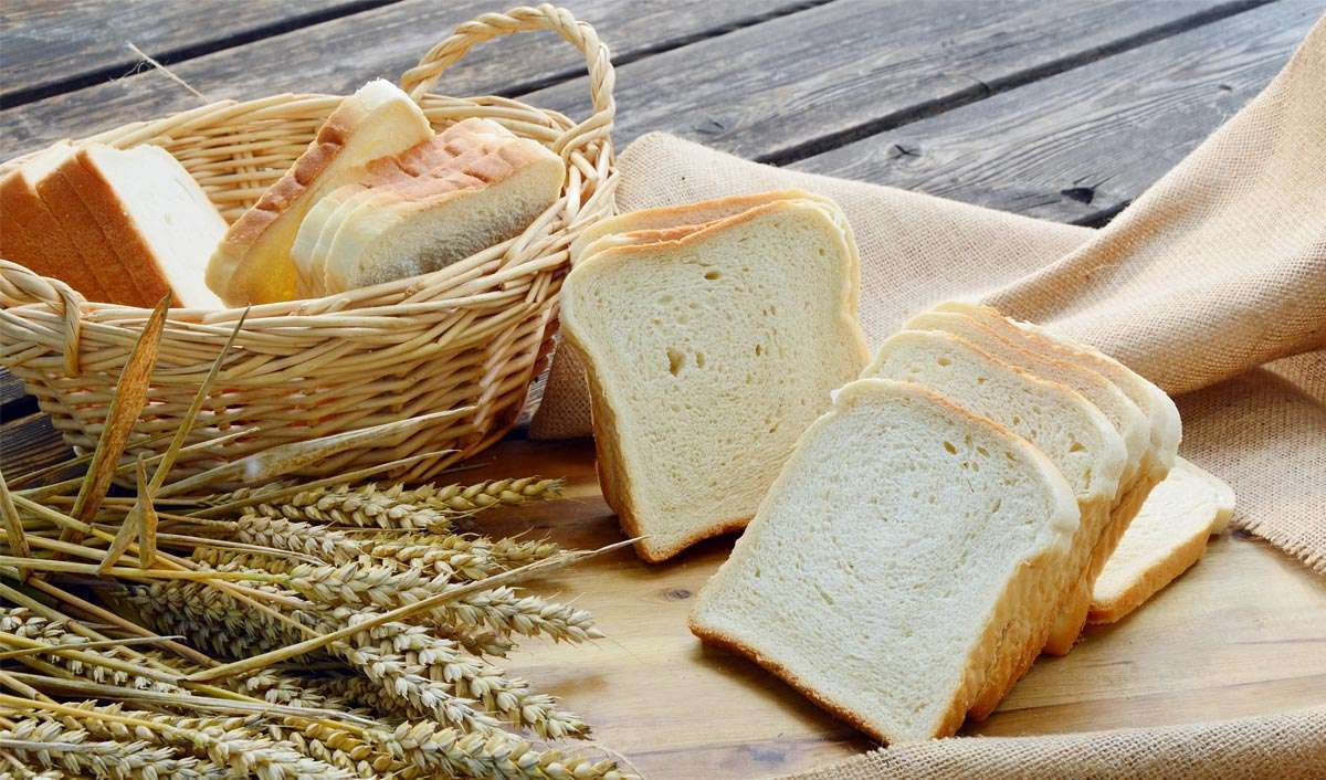 featured image white bread whole wheat bread
