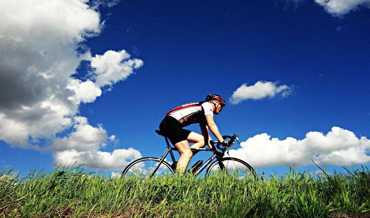 Guide to be a professional cyclist