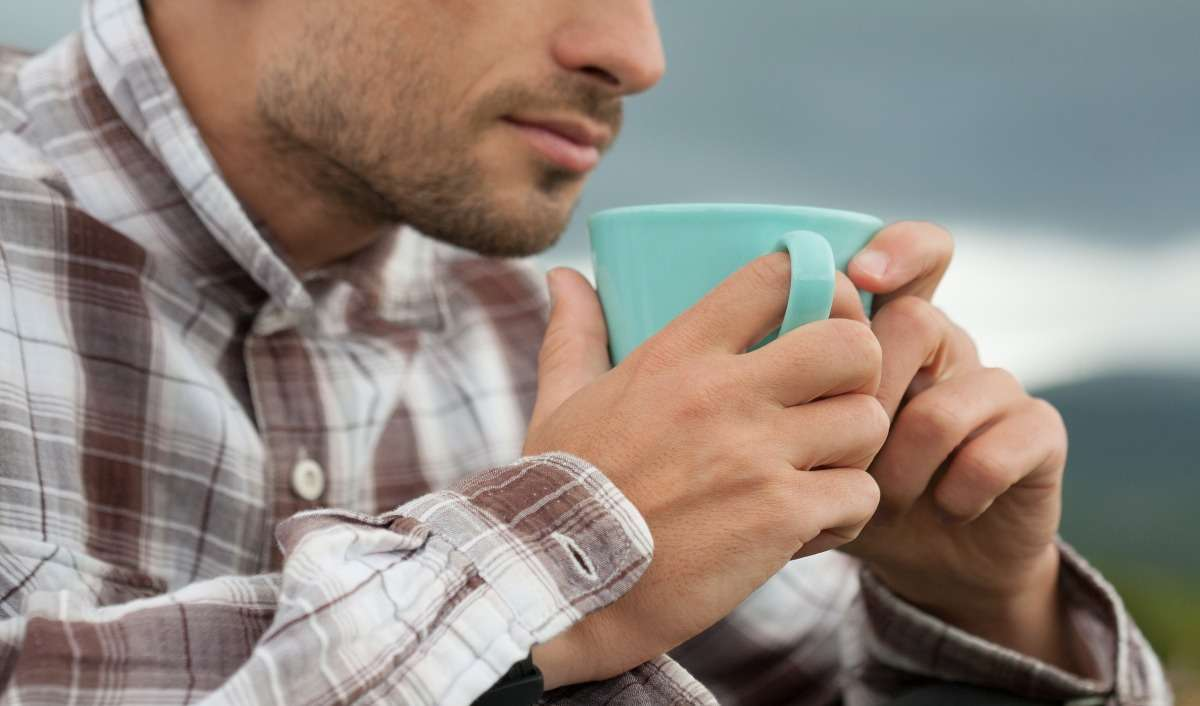 Drinking Hot Tea Can Contribute To Cancer Risk