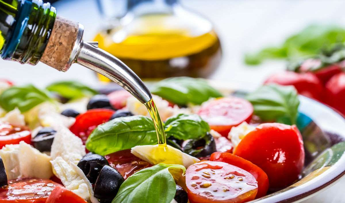 6 Ways The Mediterranean Diet Helps You Lead A Healthy Life