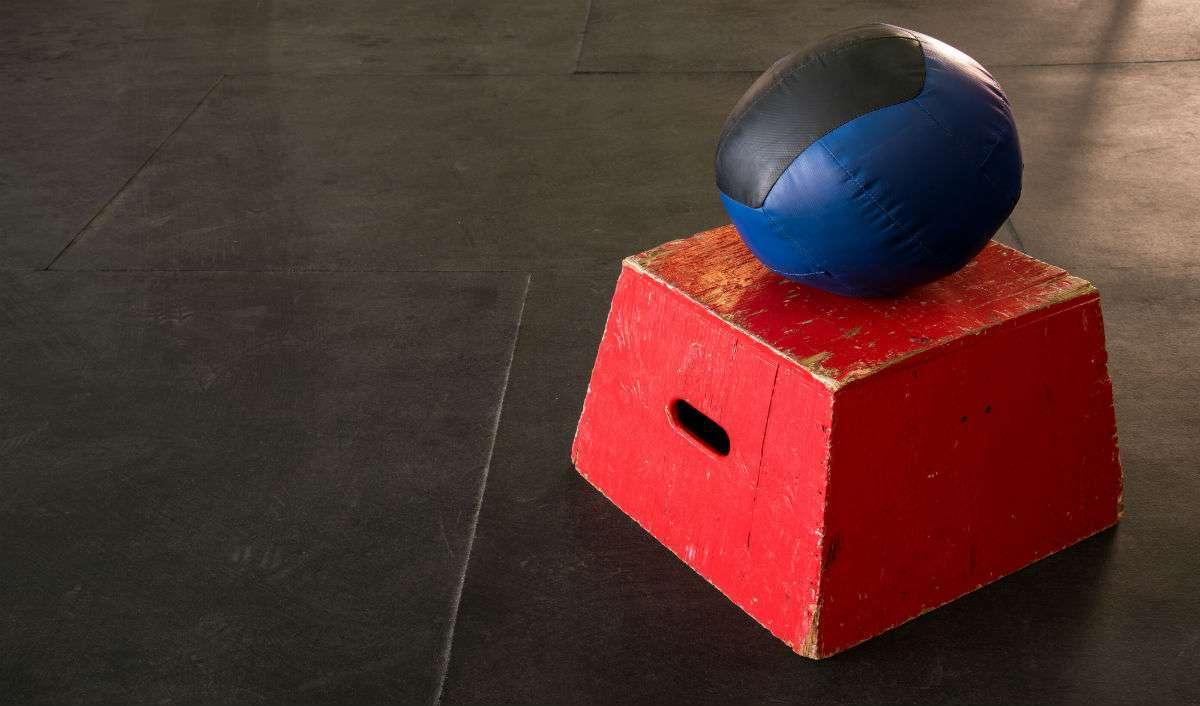 slam ball medicine ball