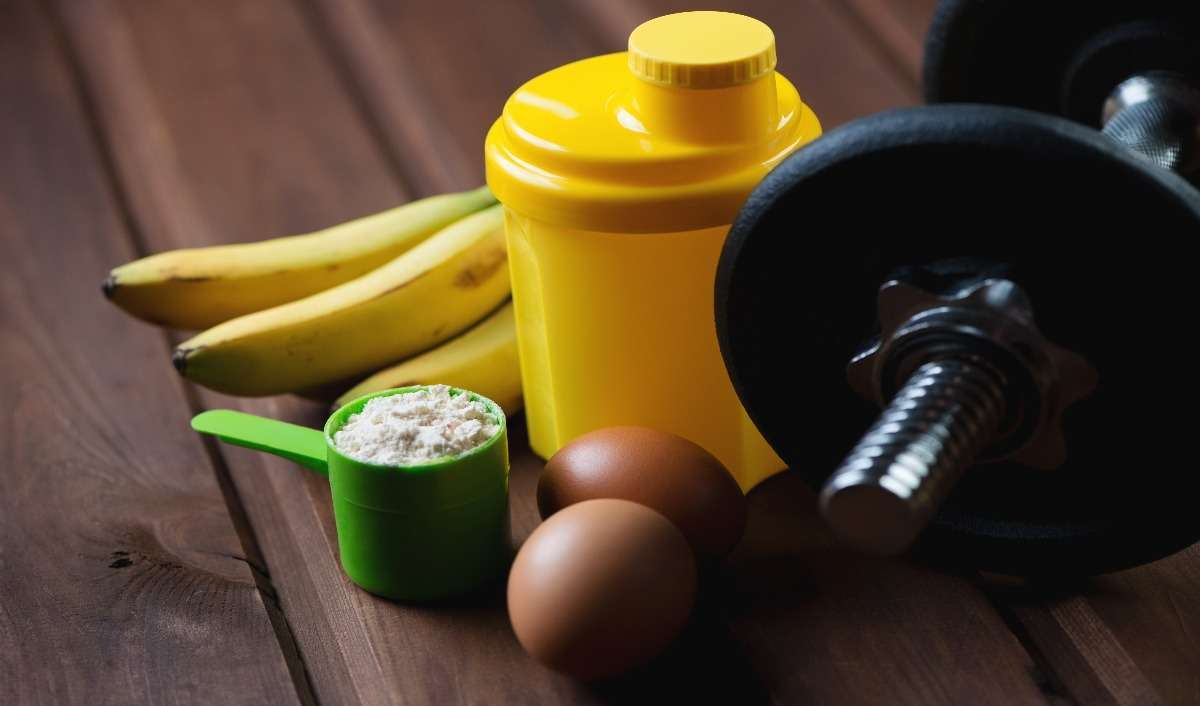 6 Muscle-Building Snacks You Can Make With Protein Powder