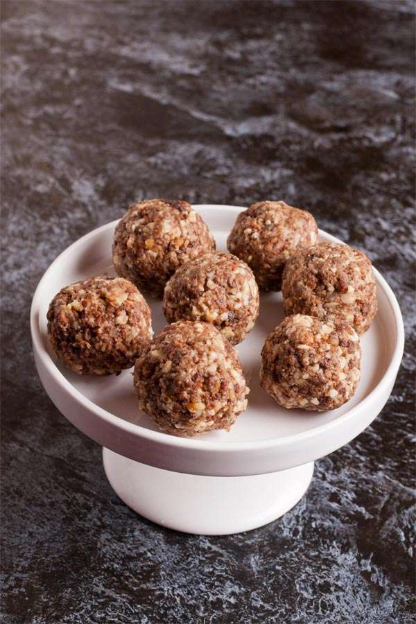 Oats and Dark Chocolate Clusters