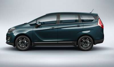 Mahindra Marazzo launch and specs