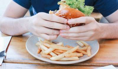 The Emotion That Makes You More Likely to Overeat