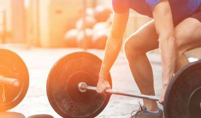 Muscle Scientist Explains How 10 Seconds of Lifting Can Make You Bigger
